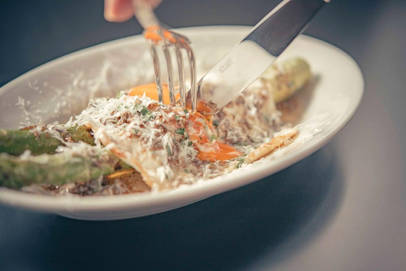 写真:ザ ベルコモのディナー