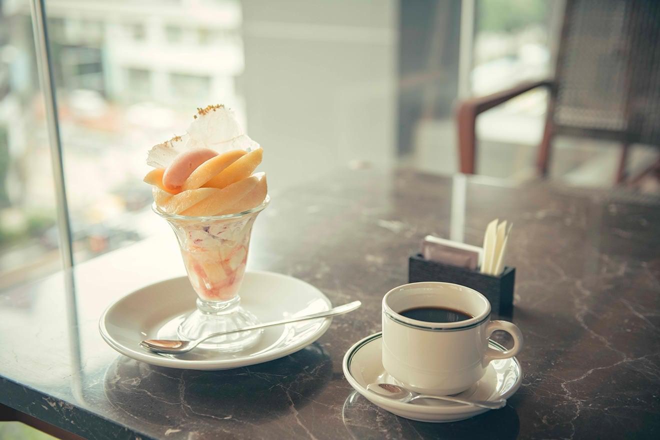 写真:ザ ベルコモ パフェとコーヒー